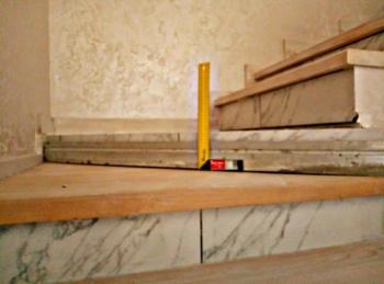 Деревянные лестницы на 2 этаж на заказ