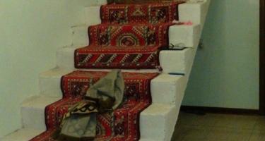 фото до облицовки бетонной лестницы деревом в Краснодаре