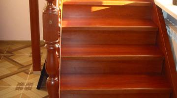 фото лестницы из дерева в частном доме