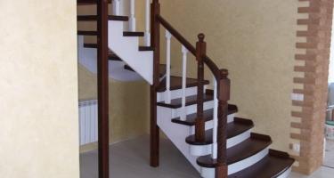 фото внутридомовой лестницы в частном доме
