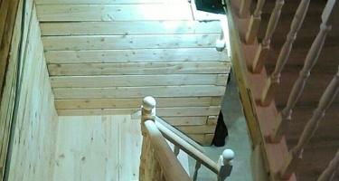 Деревянные лестницы с углом 90 градусов