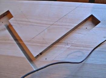 фрезеровка одномаршевой деревянной лестницы