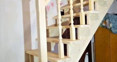 лестница прямая деревянная фото