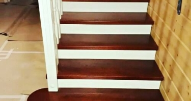 лестница прямая деревянная на второй этаж купить в Краснодаре