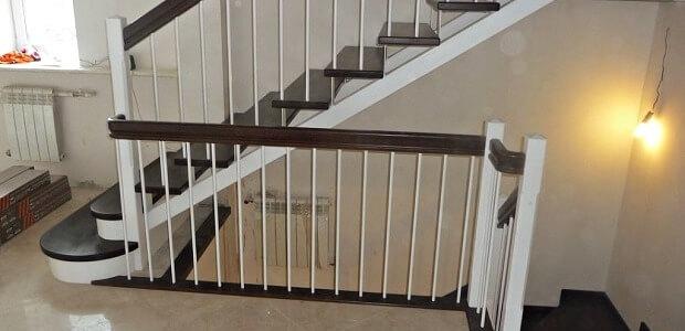 обшивка металлической лестницы деревом в Краснодаре