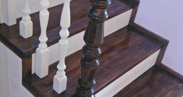 Расчет деревянной лестницы с поворотной площадкой бесплатно при заявке на сайте