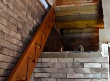 установка одномаршевой деревянной лестницы в Краснодаре