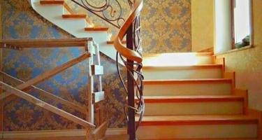 Изготовление угловой лестницы из дерева