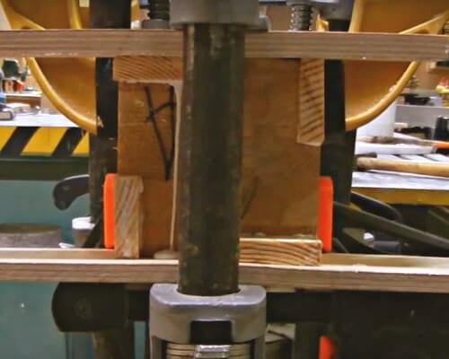 монтаж лестницы из дерева цена за работу в Краснодаре