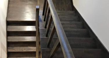 Деревянные ступени для лестницы в Краснодаре