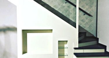 Цена на лестницу из ясеня