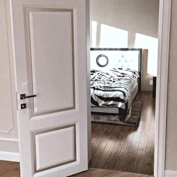 Межкомнатные двери из массива на заказ в Краснодаре