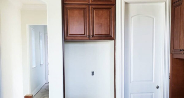 Мебельные фасады из массива дерева для кухни