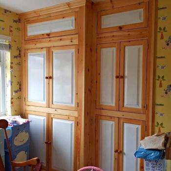 Мебельные фасады из массива в детскую комнату