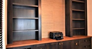 Мебельные фасады из массива в гостиную