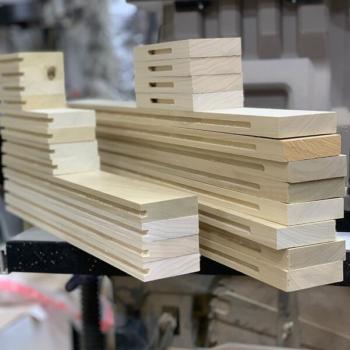 Изготовление мебельных фасадов из массива в Краснодаре