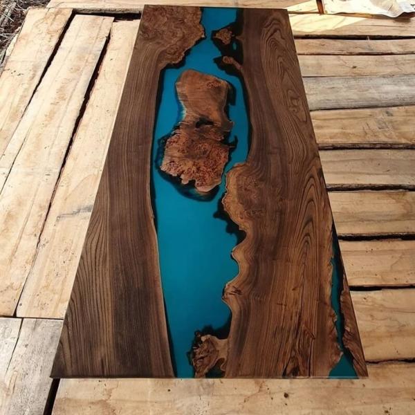 Купить река рабочий стол из карагача в Краснодаре